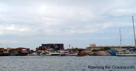 11_Dock_area_Sal.jpg