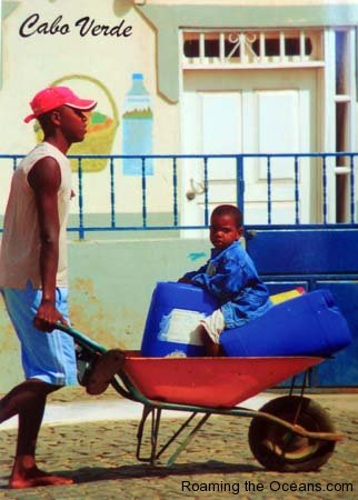 17_Water_child_wheelbarrow_exPC.jpg