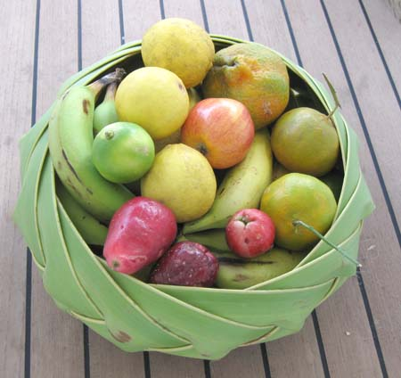 04_Caribbean_fruit_bowl.jpg