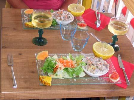 17_Lunch_Les_Saintes.jpg