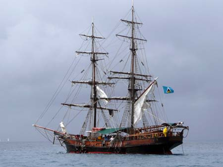 03_Pirate_Ship_Rodney_Bay.jpg
