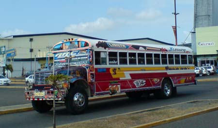 01_Decorated_Bus.jpg