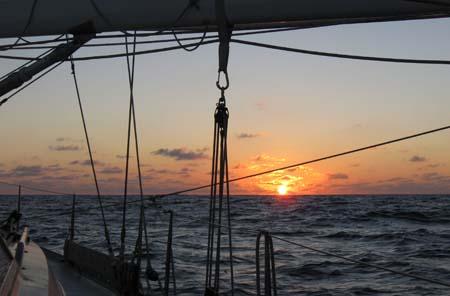 04_Pacific_Sunset_3.jpg