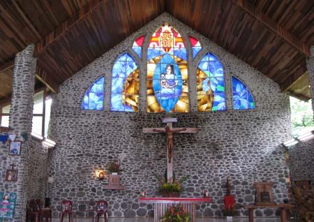 05_Church_Vaitahu.jpg