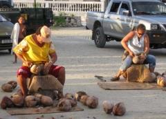 12_Coconut_Shelling_Women.jpg