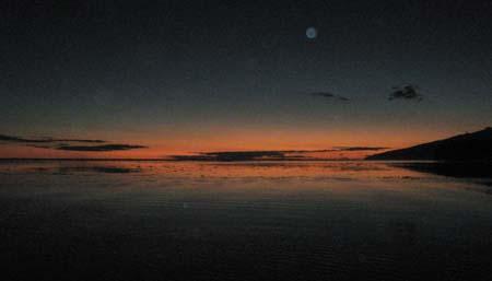 05 Sunset over thge lagoon south Tahiti Iti.jpg