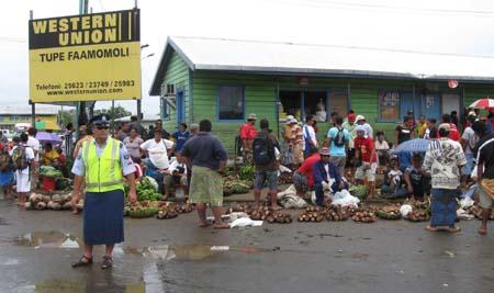 02 Outside Apia market.jpg