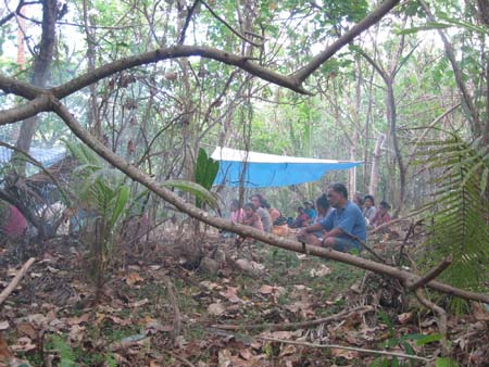 21 Frightened by Vanuatu warning to stay on high ground.jpg