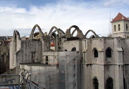 08_Gothic_Church.jpg