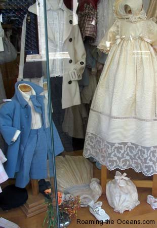 09_Childrens_clothes.jpg