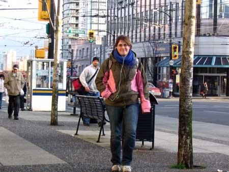 Kirsty_approaching_Broadway.jpg